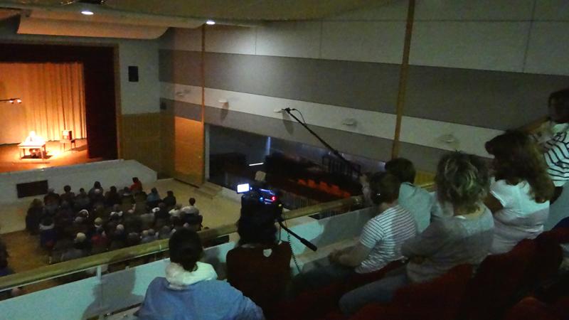 L'équipe de tournage du lycée Rotrou à Dreux filme le spectacle